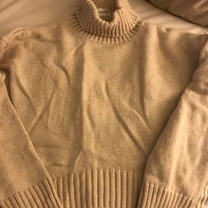 Goodnight Macaroon Turtle neck crop sweater